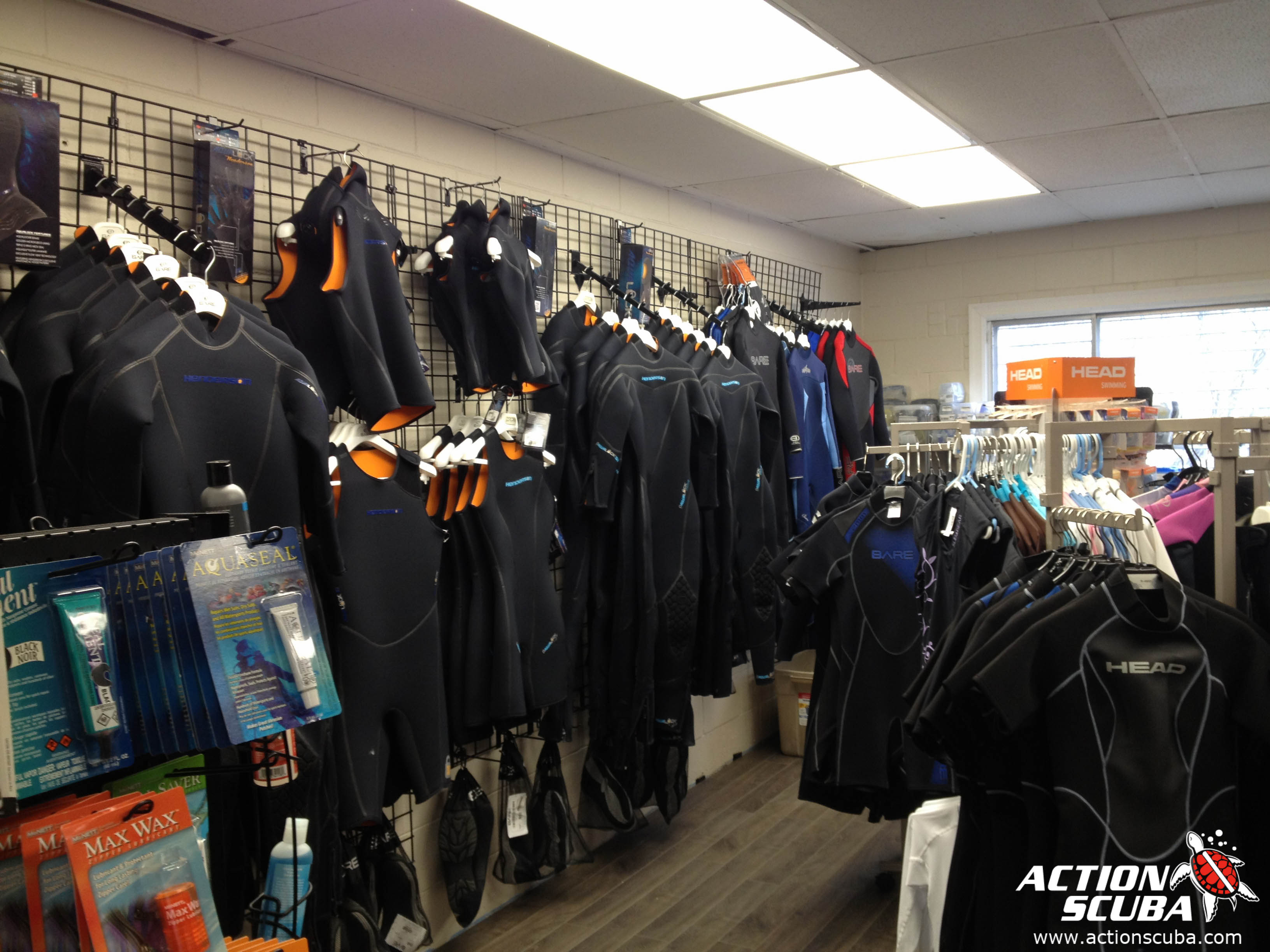 Action Scuba Montreal PADI dive shop and dive gear