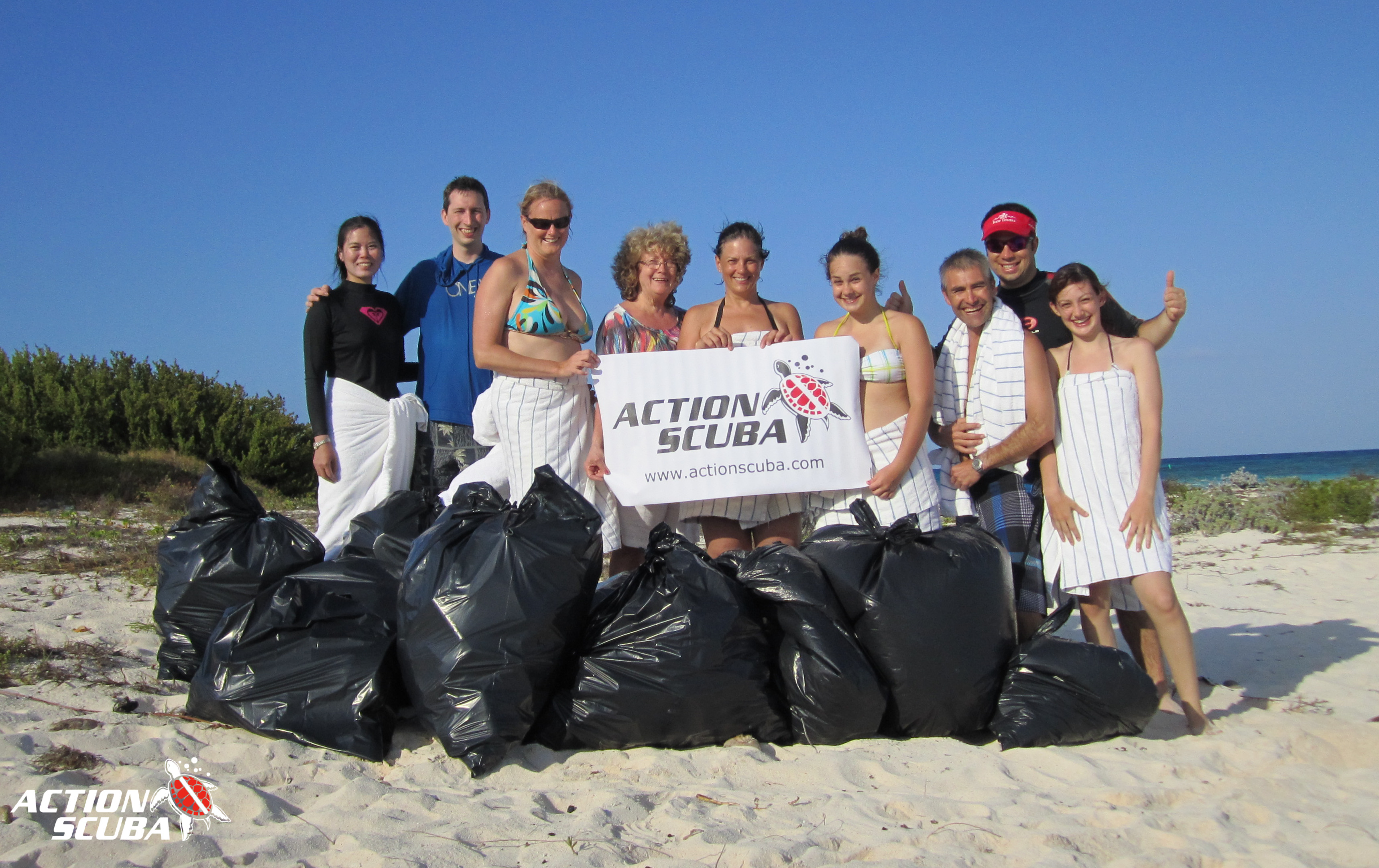 Montreal Scuba Diving - Project AWARE Beach Clean-up